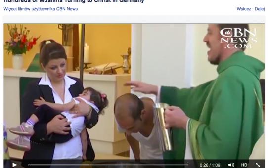 Setki muzułmańskich uchodźców przyjmują chrzest!