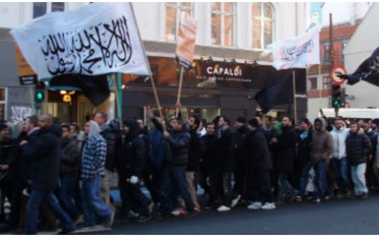 """Dżihad i """"strefa szariatu"""" w Kopenhadze"""