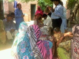 Pakistańscy chrześcijanie nie otrzymają pomocy, jeśli nie przyjmą islamu