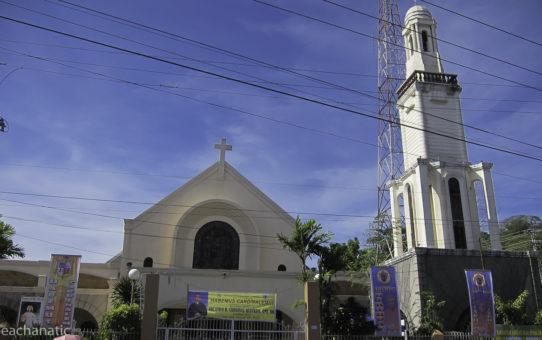 Filipiny: pokojowy i tolerancyjny wybuch w Katedrze w czasie Mszy
