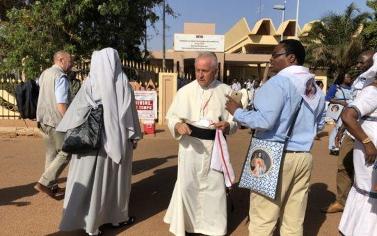 Muzułmanie z szacunkiem rozstrzelali 24 modlących się chrześcijan